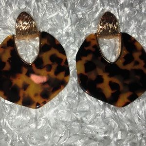 Acrylic Leopard Print Eatings w/ gold Accents